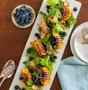 Grilled_Peach_Blueberry_Salad_consumer-3